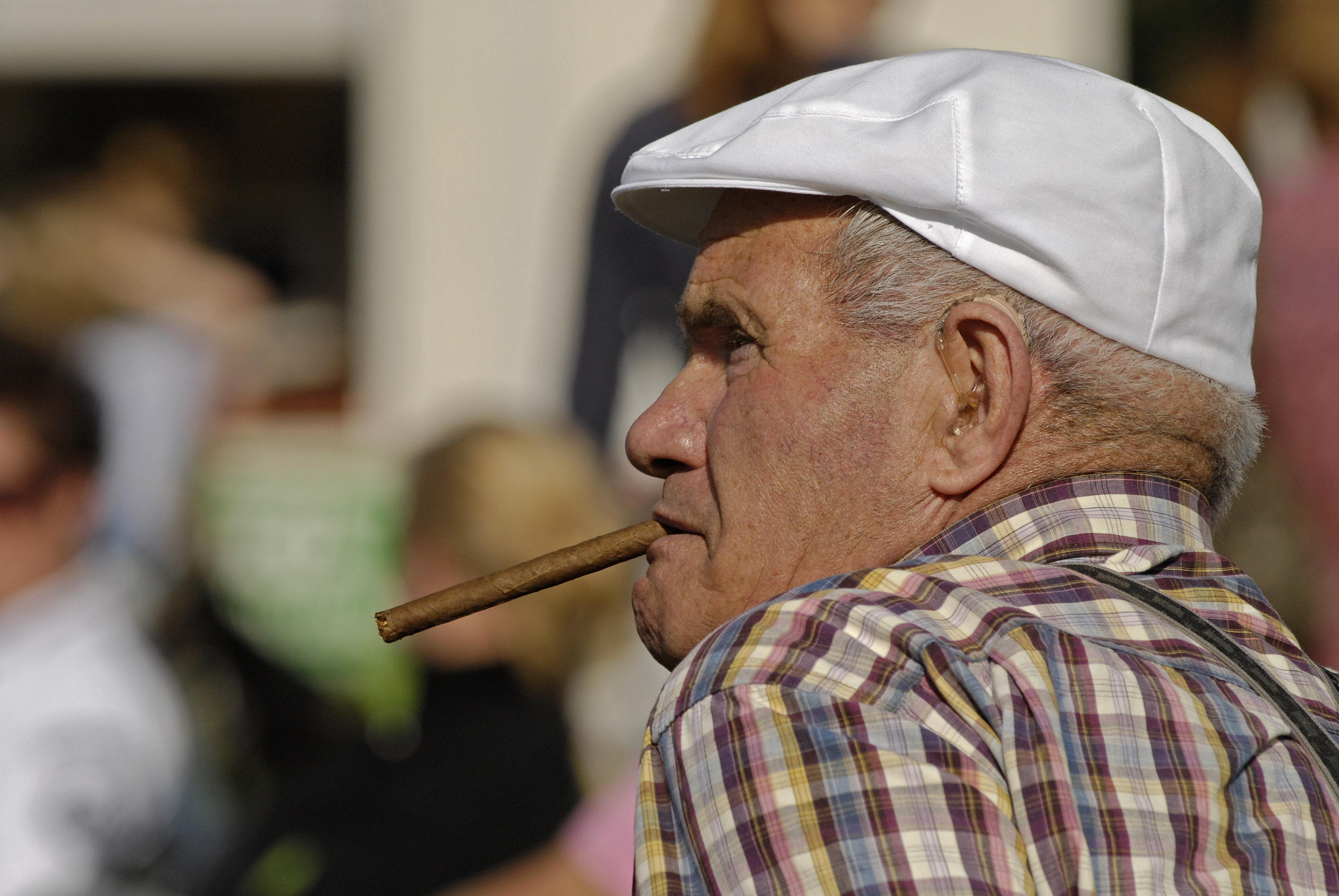 التدخين الإنسان 1111011728154JhV.jpg