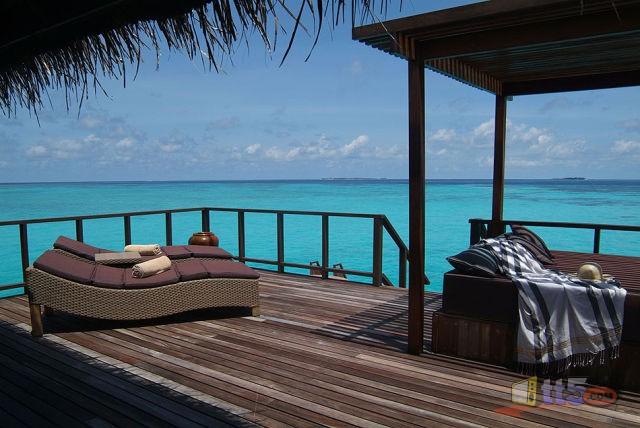المالديف 1111090025332CyU.jpg