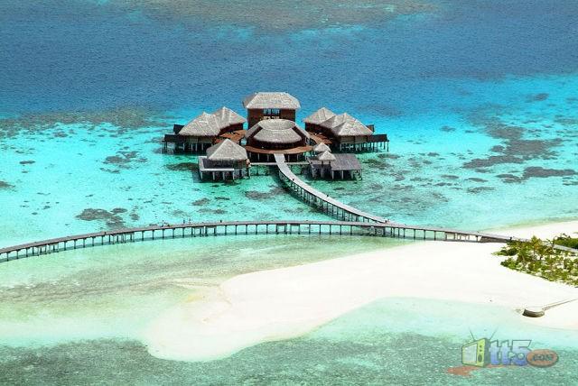 المالديف 111109002535yzPO.jpg