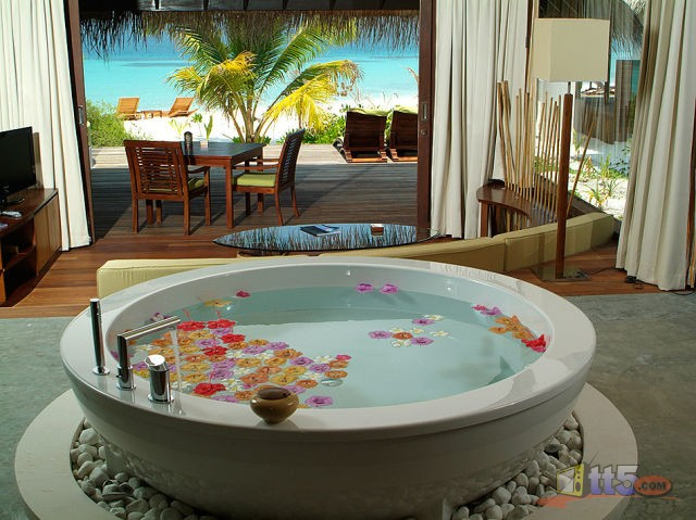 المالديف 111109002541dunZ.jpg