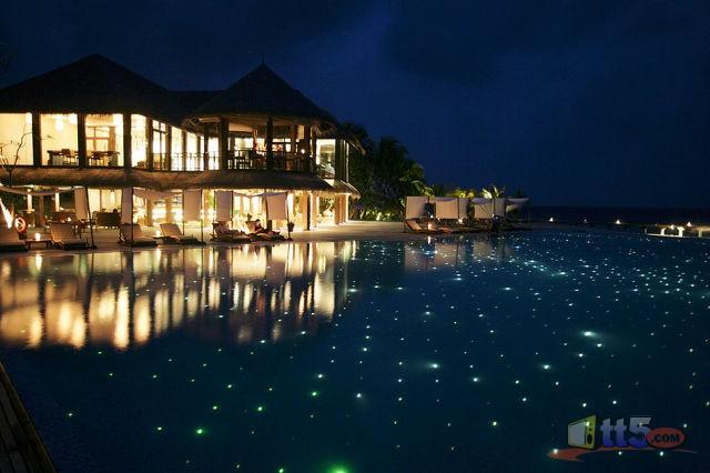 المالديف 111109002543AdW9.jpg