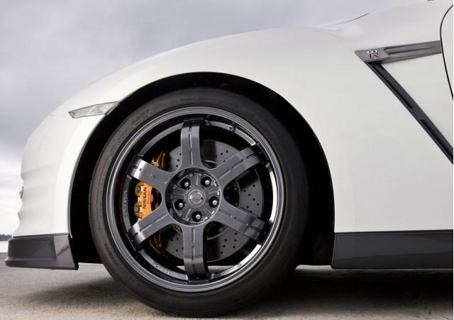 ����� 2012 ����� Nissan 111129143733D9TC.jpg