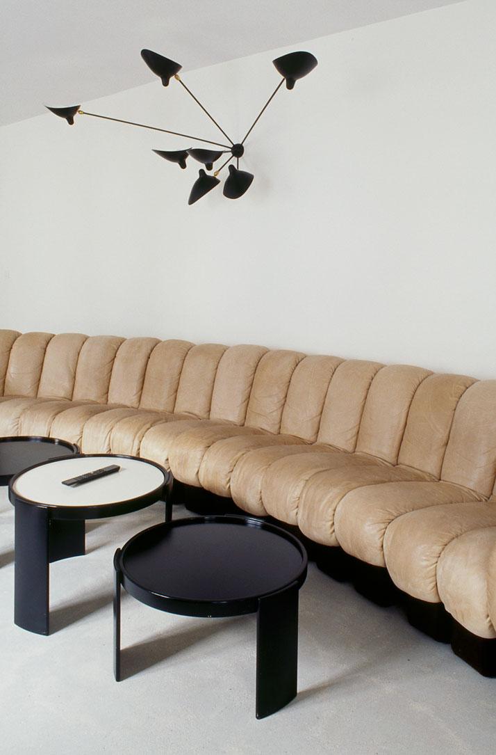 شقه باريسيه من تصميم التونسي عز الدين 111201133104TDiM.jpg