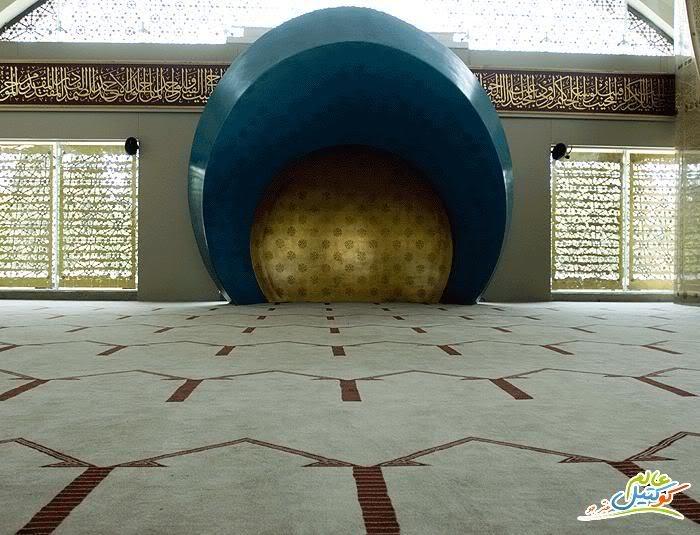 افتتاح أول مسجد من تصميم امرأة في اسطنبول 120414132216gMF6.jpg