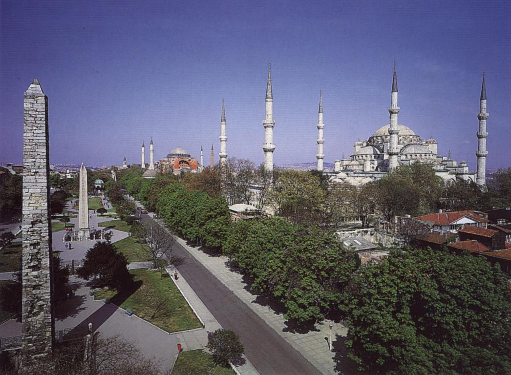 الاماكن السياحية اسطنبول 2013 اسطنبول 120825132049Nc5j.jpg