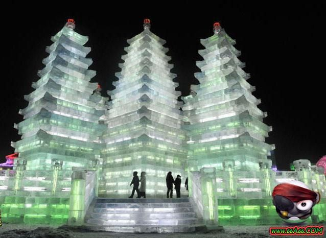 المدينة مبنية من الثلج والجليد فقط 1208281048397zwb.jpg
