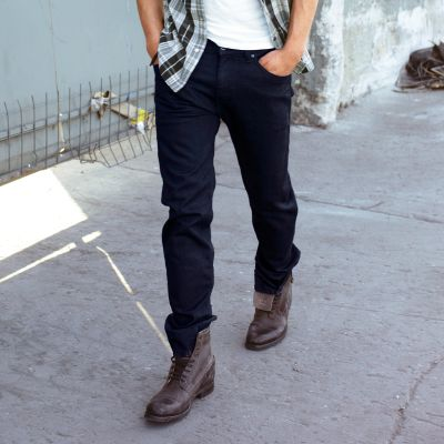 ملابس رجالي ماركة levis