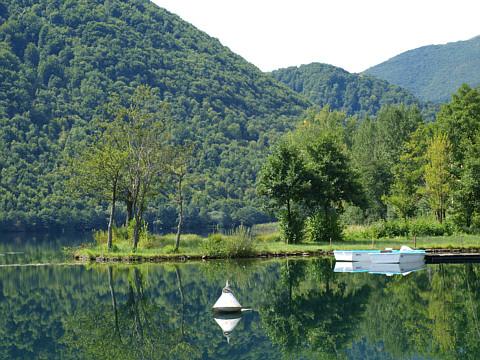 الاستكشافيه البوسنه 120911200215ng4u.jpg
