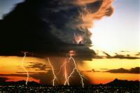 براكين2013   برق وسحب وبراكين وغيرها 120927135953pOnW.jpg