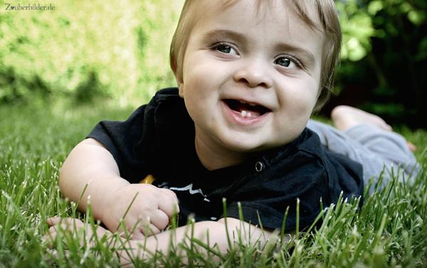 ة جديدة للاطفال 2013 ، صور اطفال حلوين 2013 120927140417h3q6.jpg
