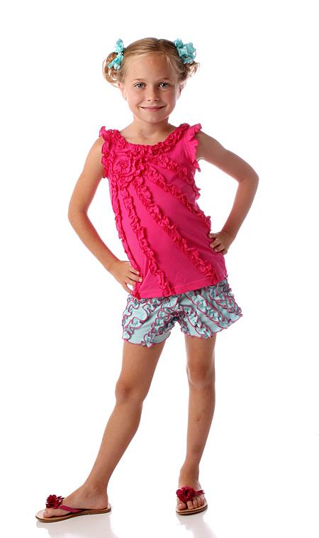 مجموعة ملابس انيقه للاطفال