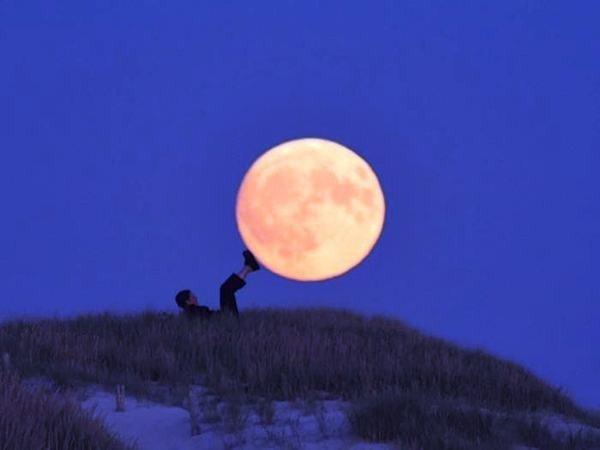 العب مع الشمس والقمر 2013 ,, أحلي صور السمش والقمر 2013 121002114954jduw.jpg