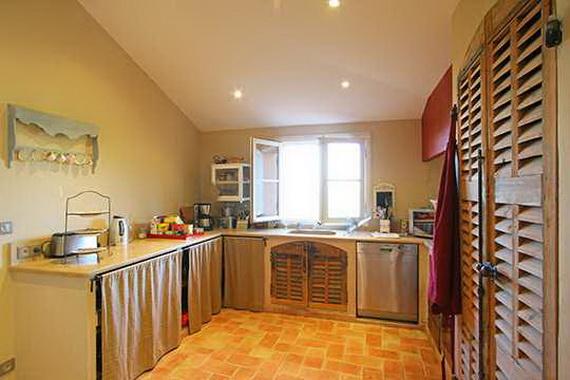 Modern Kitchen Designs 2013 121026215230AFSK.jpg