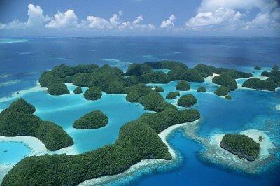 صور اجمل شواطىء في العالم 2013 121218094413yBRx.jpg