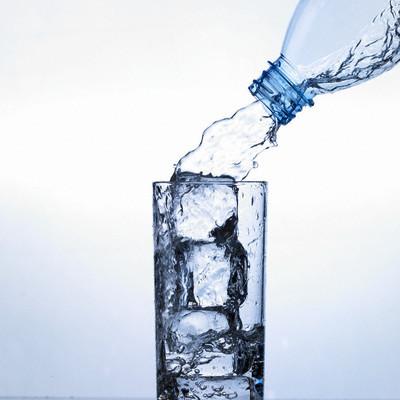 الماء أنواعه فوائده