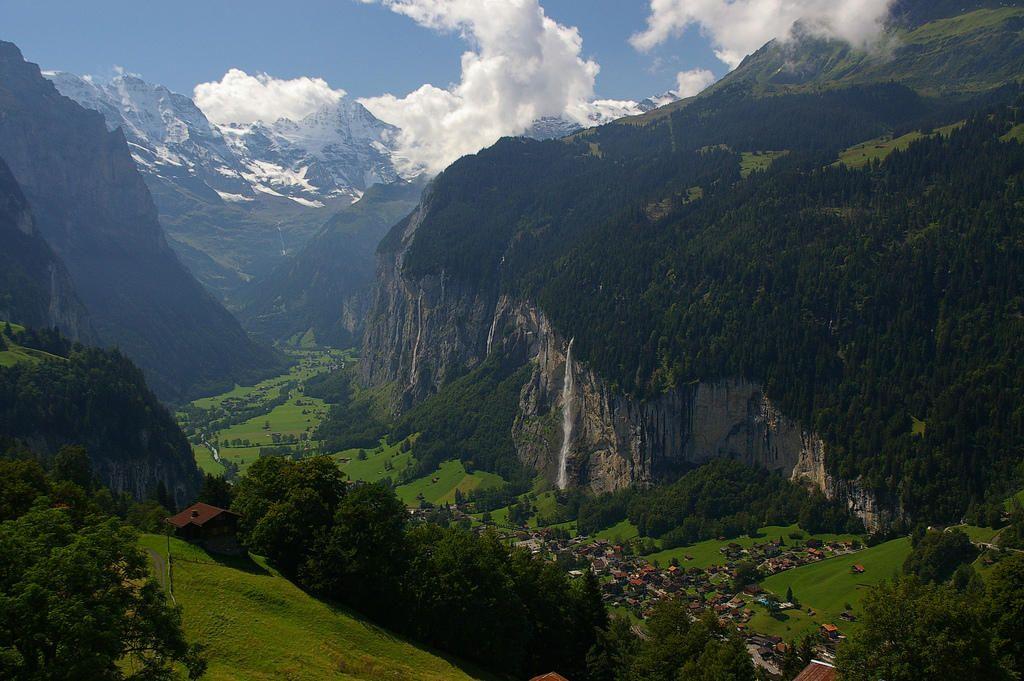 صور سويسرا السياحيه 2013 ,السياحه فى سويسرا 2014 121223224747AFTT.jpg