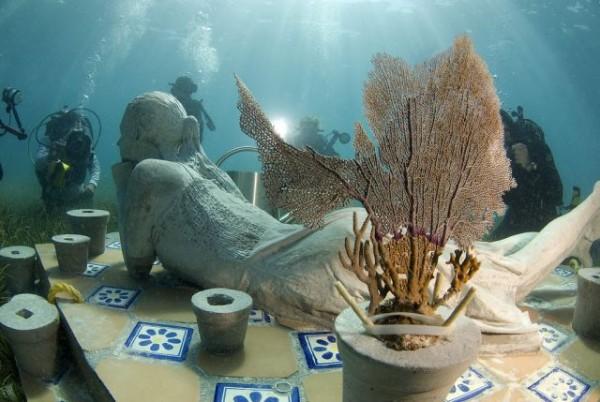 السياحة فى متحف تحت الماء 2013 1301021039393Ry4.png