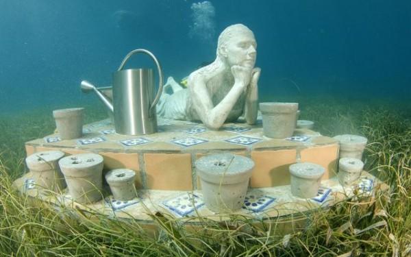 السياحة فى متحف تحت الماء 2013 130102103939zacc.png