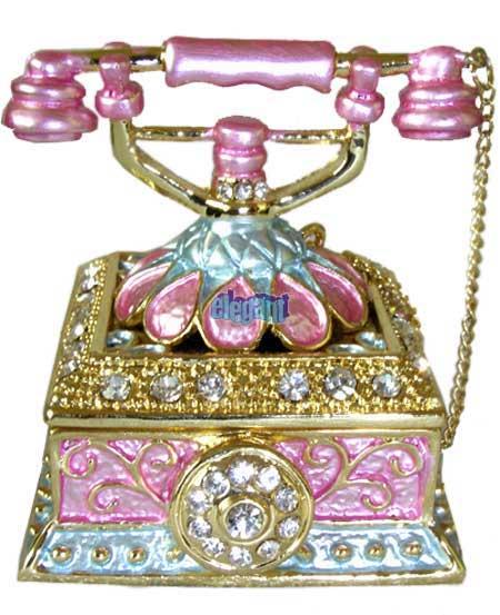 علب مجوهرات راقيه 130215000324IsgG.jpg