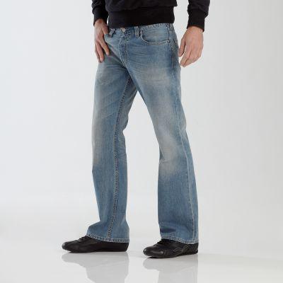 صور بنطلونات جينز رجالى 2013 , بناطيل جينز رجالى 2013 130306135331Pydm.jpg