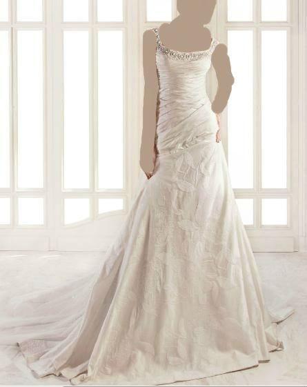 فساتين زفاف موضة 2013 ، فساتين زفاف شيك 2013 130312135627CvXI.jpg