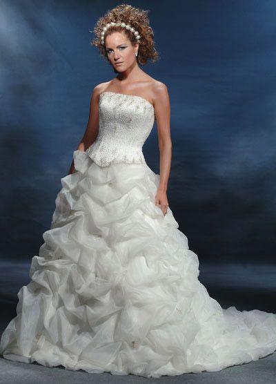 ملابس اعراس روعه 2013 1303121452579X7M.jpg