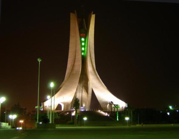 الجزائر 2013 130405220130OvyM.jpg