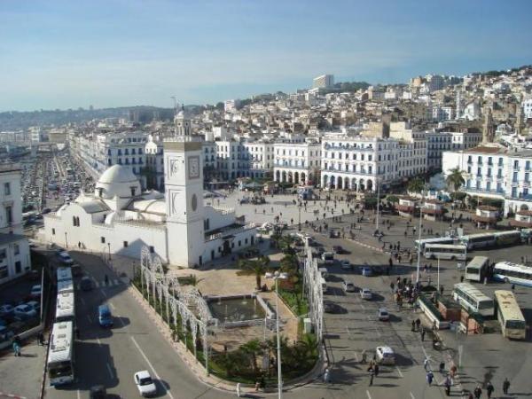 الجزائر 2013 130405220132zeD2.jpg
