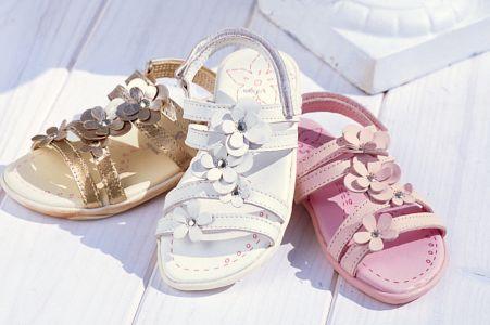 احدث احذية فرنسية للاطفال 2013 130417072324bSxd.jpg