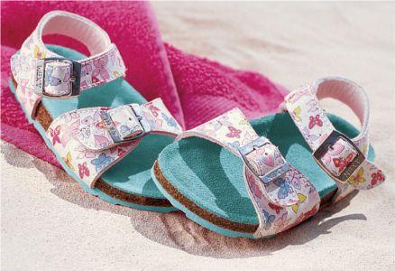 احدث احذية فرنسية للاطفال 2013 1304170723275dZG.jpg