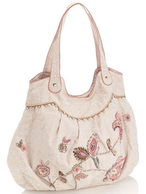 حقائب يد ماركة أكسيسوريز 2013 130423140315LcEA.jpg