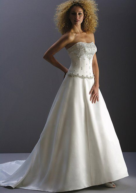 ، فساتين زفاف رائعة 2014 ، موضة فساتين الزفاف 130502142046kHwf.jpg