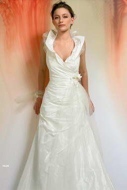 فساتين زفاف خيال 2014 ، صور فساتين روعة للعروس 130502145724xLyz.jpg