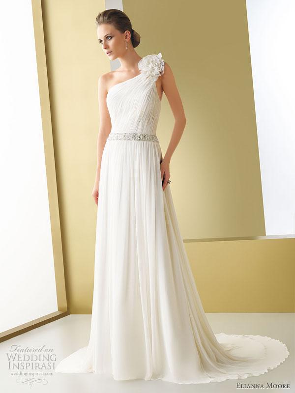 فساتين زفاف خيال 2014 ، صور فساتين روعة للعروس 130502145726VhcX.jpg