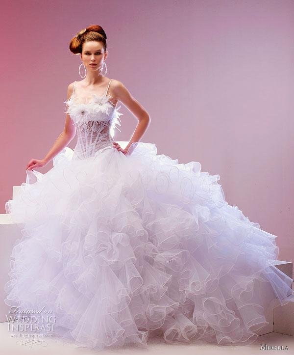 فساتين زفاف خيال 2014 ، صور فساتين روعة للعروس 130502145727lH1I.jpg