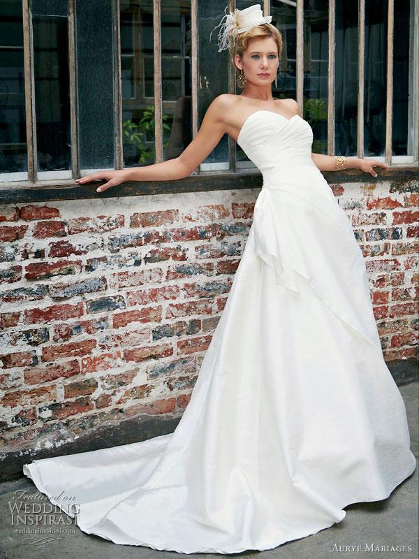 فساتين زفاف خيال 2014 ، صور فساتين روعة للعروس 130502145728AYFn.jpg
