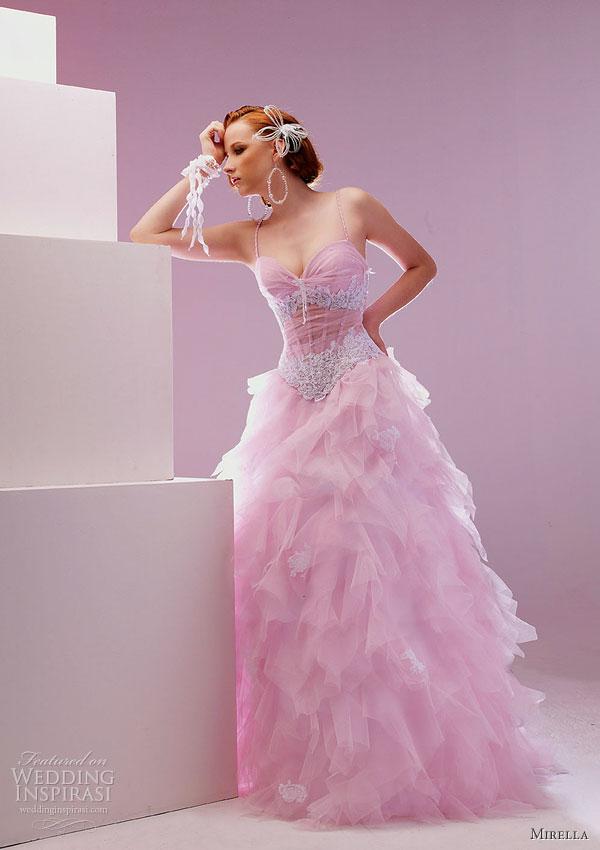فساتين زفاف خيال 2014 ، صور فساتين روعة للعروس 130502145728vg0H.jpg